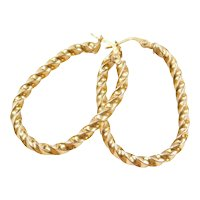 14k Gold Twisted Oval Hoop Earrings