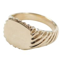 Vintage 10k Gold Baby / Childs Signet Ring