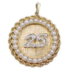Vintage 14k Gold Two-Tone Diamond and Pearl 25 Charm