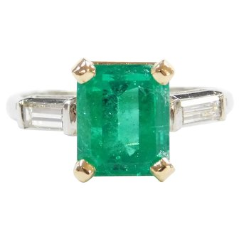 GIA Certified 3.80 ctw Natural Columbian Emerald F2 and Diamond Ring Platinum and 18k Yellow Gold
