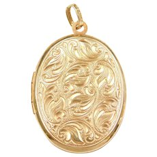 Beautifully Carved Oval Locket Pendant Made in Germany 14k Gold