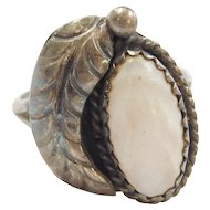 Sterling Silver Native American Mother of Pearl Leaf Ring