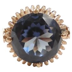 Vintage Lab Created Alexandrite 7.20 Carat Solitaire Ring 14k Yellow Gold