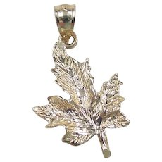 Vintage 14k Gold Maple Leaf Charm