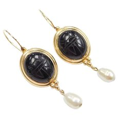 14k Gold Carved Onyx Scarab and Cultured Pearl Dangle Earrings