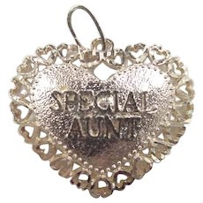 Vintage 14k Gold Special Aunt Heart Charm
