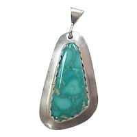 Vintage Sterling Silver BEAUTIFUL Turquoise Gemstone Pendant