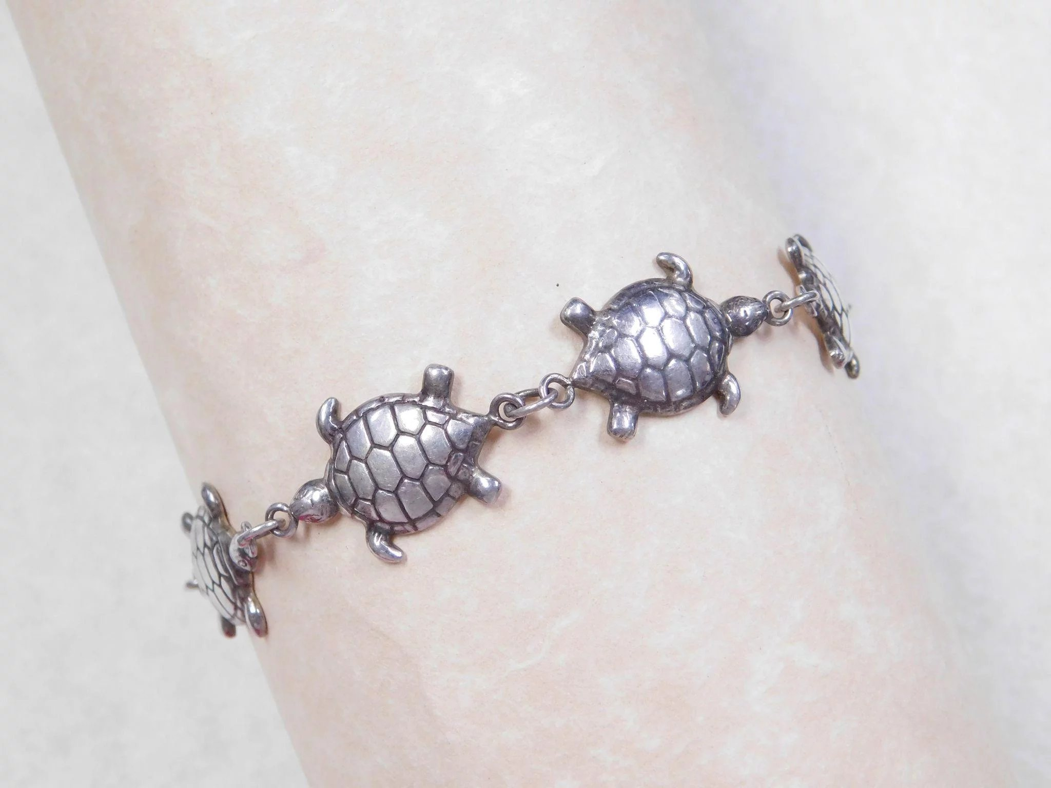 wish good turtle charm bracelet pin luck sea