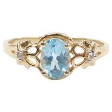 1.12 ctw Blue Topaz and Diamond Ring 14k Gold