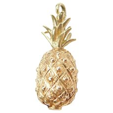 14k Gold Three Dimensional Pineapple Charm