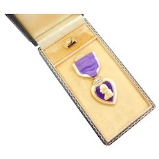 Genuine WWII Purple Heart Military Decoration In Original Box ~ Wounded In Combat
