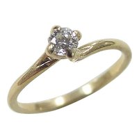 Vintage 18k Gold .20 Carat Diamond Solitaire Ring