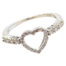 14k White Gold .21 ctw Diamond Heart Ring