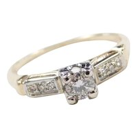 Vintage 14k Gold .23 ctw Diamond Engagement Ring