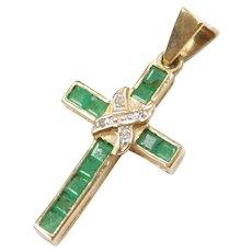 .35 ctw Natural Emerald and Diamond Cross Pendant / Charms 10k