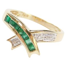 14k Gold .41 ctw Natural Emerald and Diamond Bypass Ring