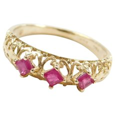 10k Gold .42 ctw Natural Ruby Ring