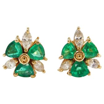Beautiful Rich 2.28 ctw Natural Emerald and Diamond Stud Earrings 18k Yellow Gold