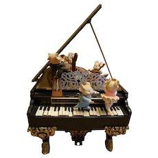 "Enesco ""Music Mice Trio"" Baby Grand Piano Action Musical ""Polonnaise"""