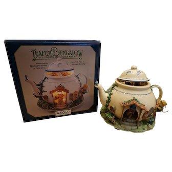 Enesco Musical Teapot Mice Bungalow