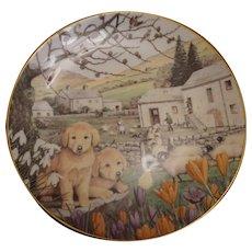 English Bone China Decorative Plate: Golden Retrievers
