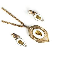 White Goldtone Cameo Pendant Necklace and Earrings