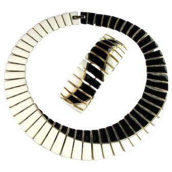 Black and White Enamel Vintage Collar Necklace and Bracelet