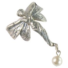 Art Nouveau Style Vintage Winged Goddess Imitation Pearl Dangle Ring
