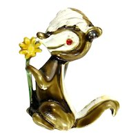 Flower the Skunk Disney Bambi Enameled Vintage Pin