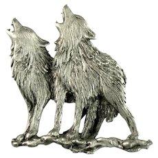 Howling Grey Wolf Wolves JJ Vintage Brooch