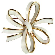 Trifari Vintage White Enameled Bow Brooch