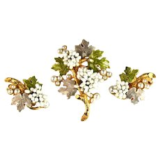 Florenza Vintage Oak Leaves Tree White Buds Imitation Pearl Accents Brooch and Earrings