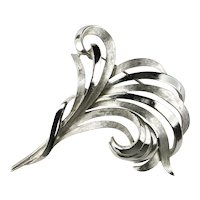 Silvertone Vintage Trifari Flowing Leaves Ribbons Brooch