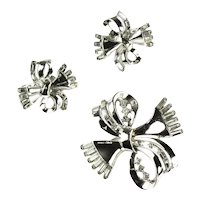Trifari Silvertone Crystal Rhinestone Swirling Ribbon Bow Brooch and Earrings