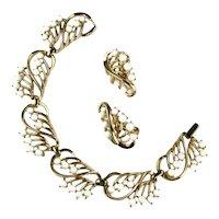Trifari White Cabochon Goldtone Vintage Bracelet and Earrings Set