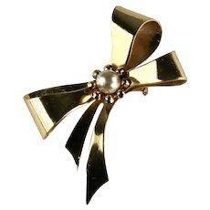 Coro Goldtone Imitation Pearl Vintage Bow Brooch
