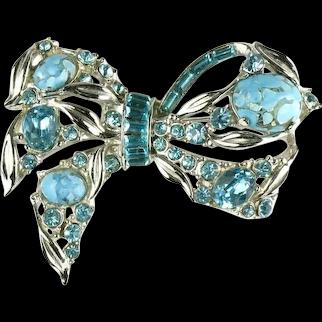 Hollycraft Vintage Aqua Turquoise Rhinestone Bow Brooch