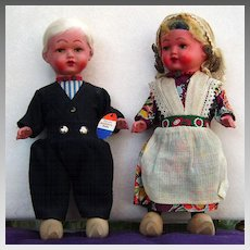 Original Rozetta tagged Dutch Boy and Girl Doll with beautiful outfits