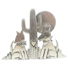 Coyote Dog Couple Cactus - silvertone JJ pin