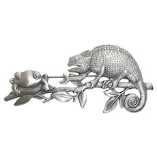 Lizard and Frog - vintage pewter JJ pin brooch