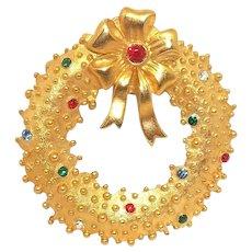 goldtone Christmas Wreath with Rhinestones - JJ Holiday pin