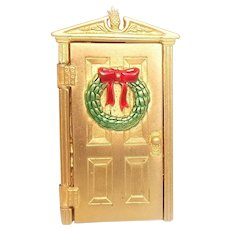 Christmas Door - articulated opens to scene with tree - JJ pin brooch -  goldtone with enamel wreath