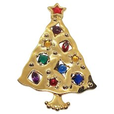 Christmas Tree - goldtone JJ brooch - Holiday pin