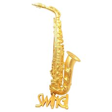 Saxophone - JJ goldtone pin brooch - Musical Instrument Swing