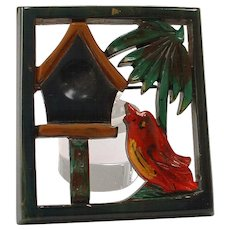Vintage Carved and Painted BAKELITE Realistic Figural Bird in Frame Pin Brooch