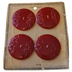 Red Carved BAKELITE Buttons (mint on card)