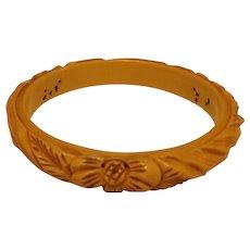 Vintage Hi-Wall Thin Carved Cream BAKELITE Bangle Bracelet