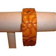 Vintage Deeply Carved and Pierced Cream Corn BAKELITE Bracelet
