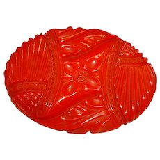 Huge and Gorgeous Red Carved BAKELITE Oval Pin Brooch