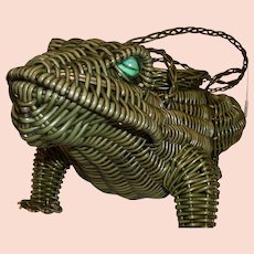 Vintage Funky Whimsical Green Wicker Figural FROG Handbag